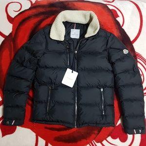 Moncler Coat For Men's